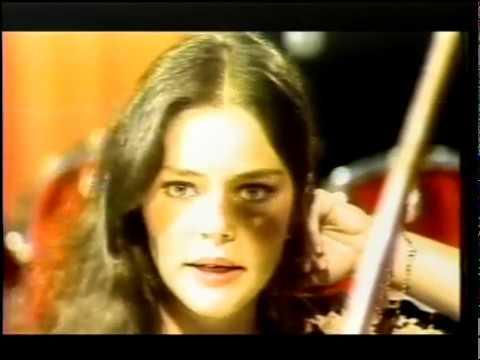 Angela Ro Ro no programa Flávio Cavalcanti TV Tupi 1980