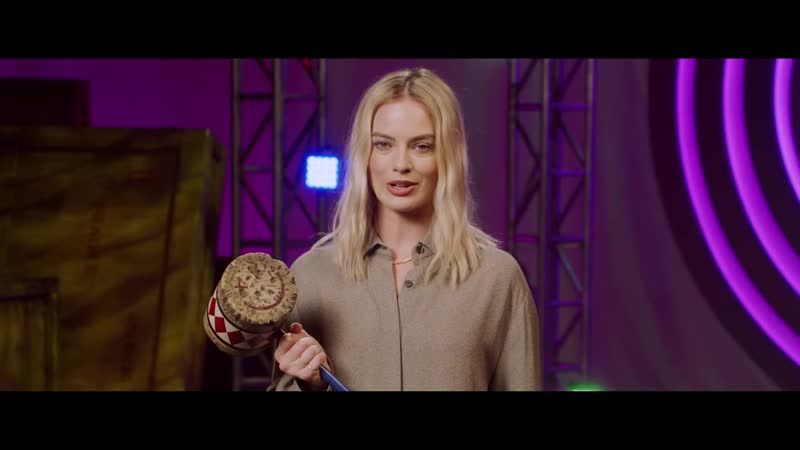 Margot Robbie has a special message for Birds of Prey fans 02 2020