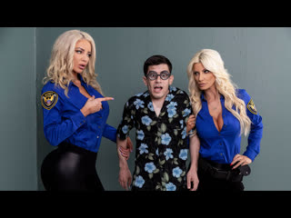 Brittany Andrews, Nicolette Shea - Fucking His Way Into the  [Brazzers] Big tits, Threesome, Hardcore, Stockings