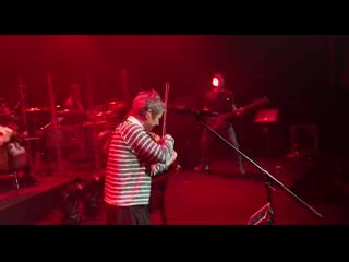 Сурганова и Оркестр в Южно-Сахалинске: разминка! )