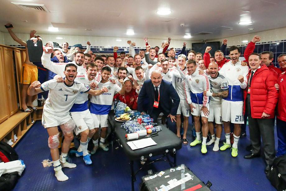 Сборная России одержала волевую победу над Шотландией в отборе Евро-2020 (Видео)