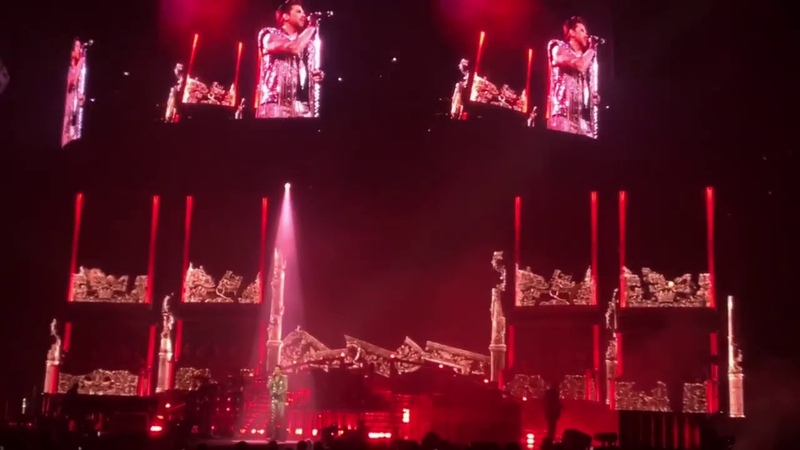 Queen and Adam Lambert, T ie Y our M other Down/The S how Mu st Go On, New Orleans
