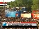 Rock in Rio Lisboa 2012 Ricky Wilson vocalista dos Kaiser Chiefs voa sobre a plateia