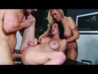 Veronica Avluv, Alana Evans - Alana and Veronicas High School Reunion, Anal, Milf, Squirt, BDSM, Gape, Bondage Big Tits