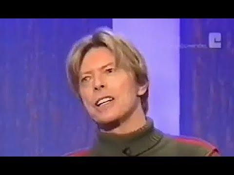 David Bowie imitates Mick Jagger!!