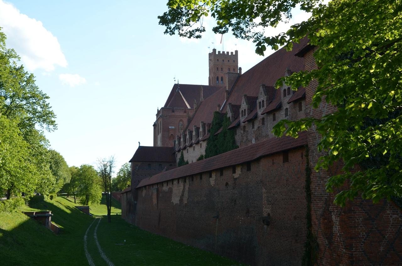 KQU1Gg-FhCg Мальборк - столица рыцарей в Польше.