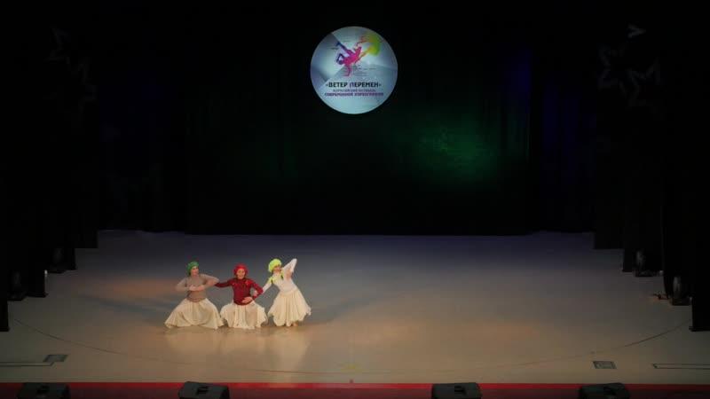 Театр современных миниатюр СТРОКИ (Удмуртия), Влюблённая дура - романтическая натура