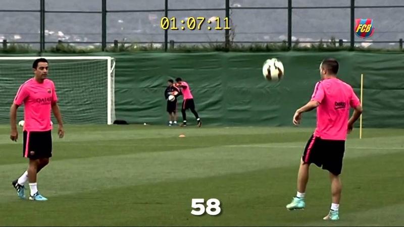 TOP Skills Xavi Iniesta Sergio Busquets مهارات خارقة من إبداع ثلاثي وسط برشلونة