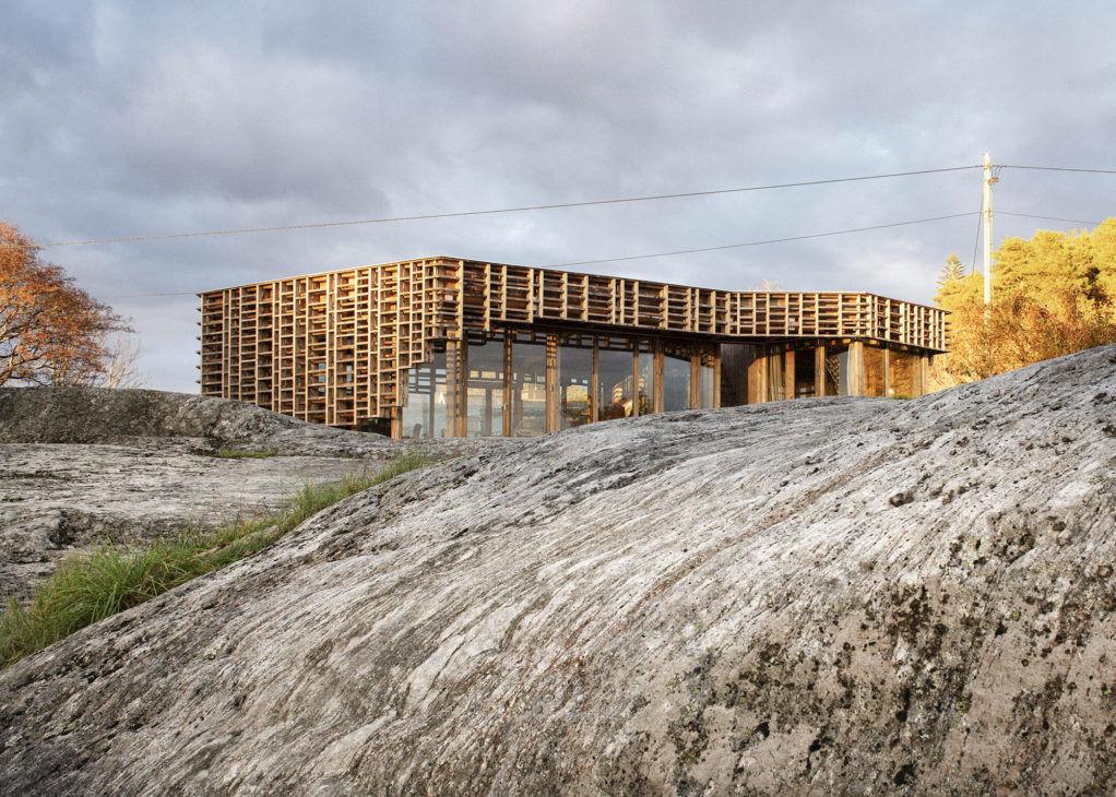 Ажурный домик художников вНорвегии