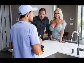 Brazzers попа draining the plumbers cock alura tnt jenson tyler nixon