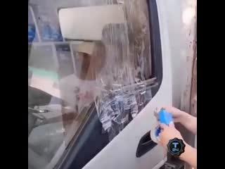 Как опустить стекло