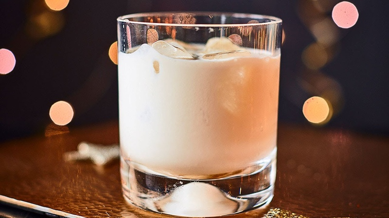 How to make Irish cream liqueur - Cocktail Hour - BBC Good Food