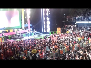 Presentación en vivo de Lali Espósito en los Kids Choice Awards Argentina 2013 [HD]