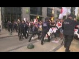 Scuffles during anti-restrictions protest in Belgium