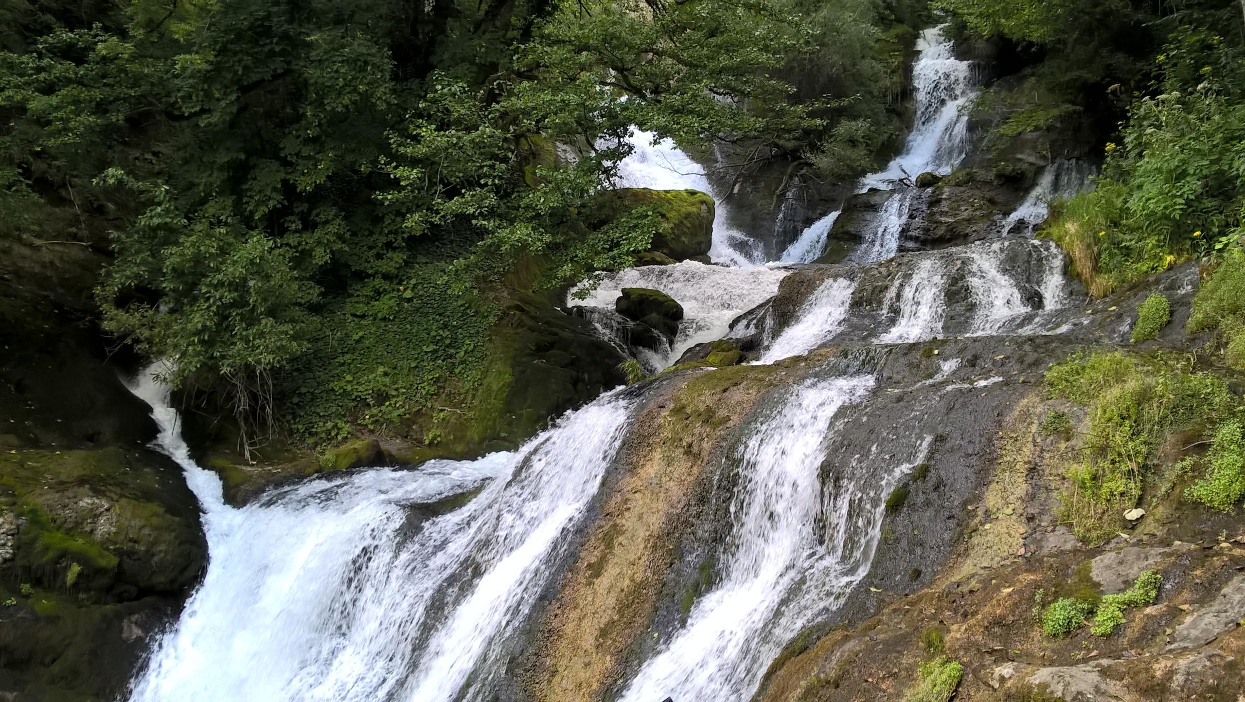 водопад Рачха в грузии
