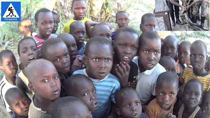 Дети племени Туркана впервые смотрят видео Перипатетик