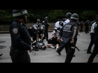 NEGATIVE XP - Cops Beating Down On Anarchist Scum At The 2020 US Riots