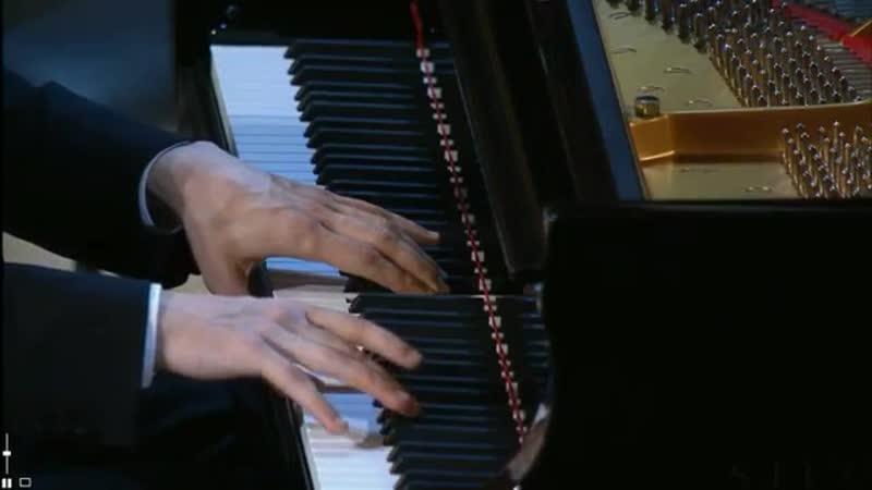 Alexander Romanovsky plays Chopin Nocturne