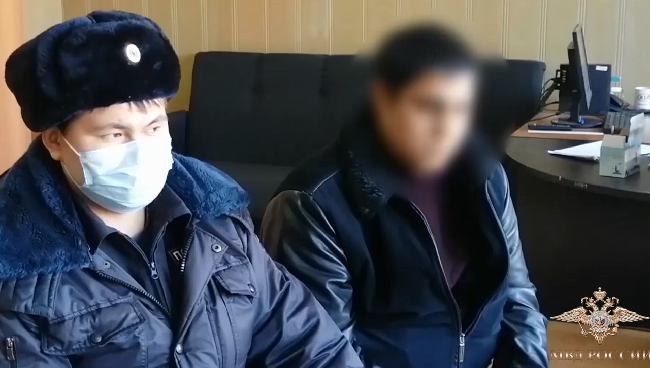 Тюменские оперативники совместно с коллегами из Омска задержали группу подозрева...