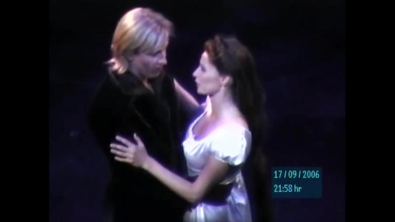 Elisabeth Musical Der Schleier fällt Maike Boerdam und Olegg Vynnyk