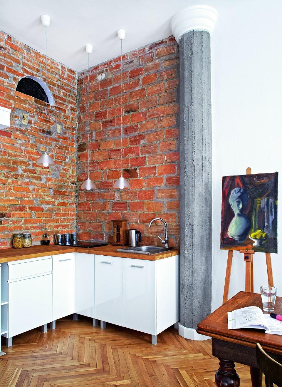 Квартира-студия со спальным чердаком в Варшаве, метраж не известен.