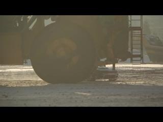 Россиянин «крутил бублики» на 240-тонном БЕЛАЗе