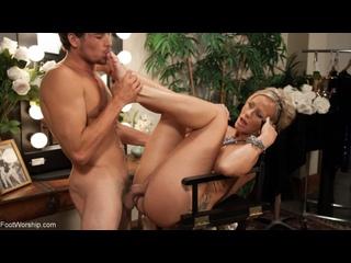 Simone Sonay [HD Porn, Blonde, MILF, Femdom, Foot Fetish Sex, Feet, Worship, Big Tits, Big Ass, Stockings, Soles, Cumshot]