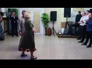 Танцевальный батл на свадьбе.