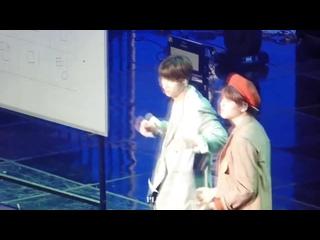 "[200202] Zico Any song challenge @ Hangyul and Dohyon ""Happy Day"""