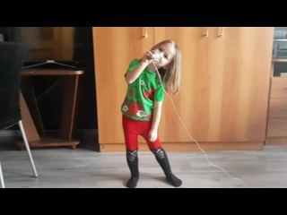 "VaVa ""Вон"" (ремейк на песню Амчи и Тернового ""Прочь"").mp4"