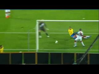Эпичный гол Неймара в матче против Перу
