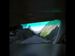 """Норвегия🇳🇴Национальная туристическая дорога """"Лестница троллей"""" (Trollstigen), протянувшая среди горных вершин в норвежском рег"""