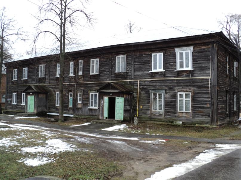 Типовая советская жилая архитектура 50-х годов в Белоомуте., изображение №24