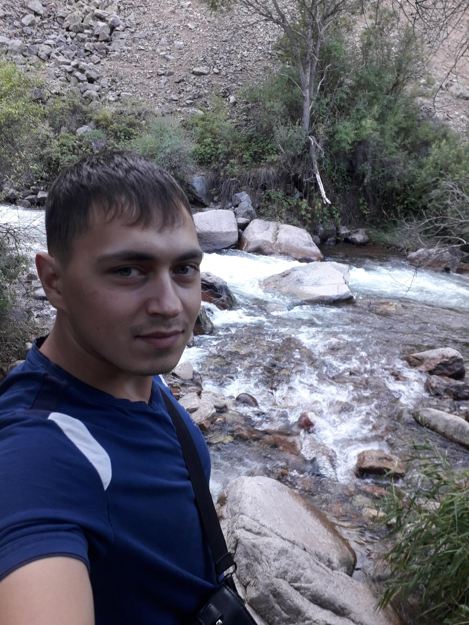 Николай, 25, Taraz