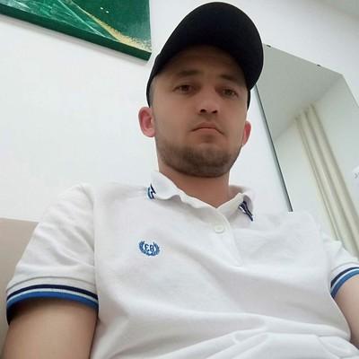 Аббос Файзийев