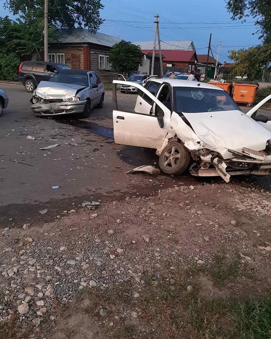 Вчера вечером в Петровске произошло ДТП, в котором пострадала пассажирка легкового автомобиля
