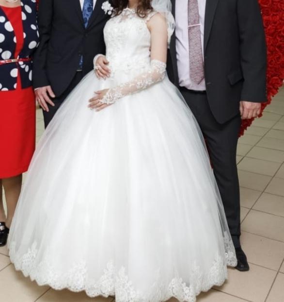 Купить свадебное платье 4000 р. Свадебная | Объявления Орска и Новотроицка №17901
