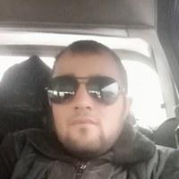 Искандар Бобоев