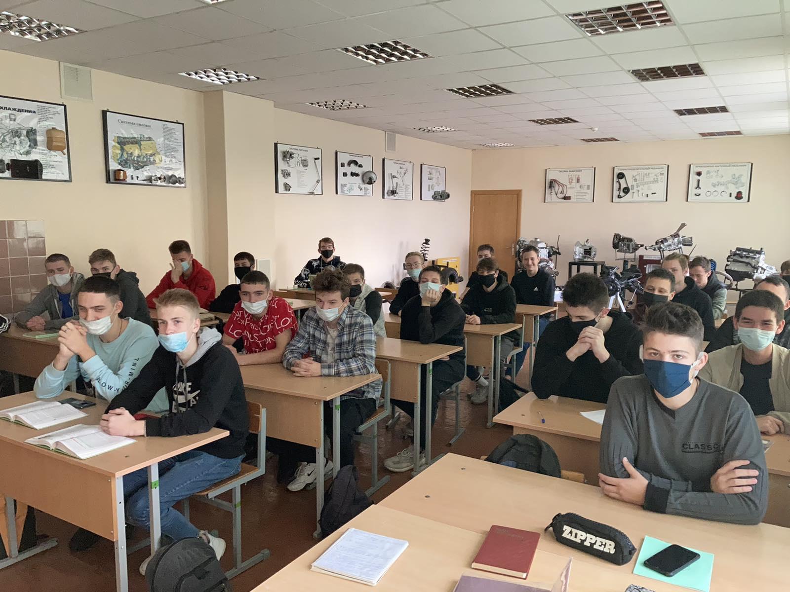 Литературно-кинематографический час, посвященный 90-летию Юлиана Семеновича Семенова