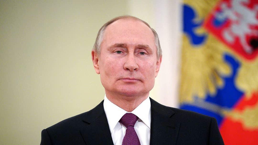 Сегодня Президент России Владимир ПУТИН в рамках поездки в Энгельс проведёт встречу с губернатором области Валерием РАДАЕВЫМ