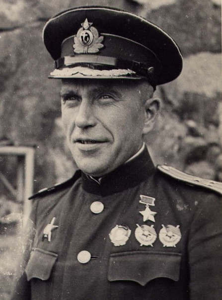 Герой Советского Союза контр-адмирал Иван Александрович Колышкин