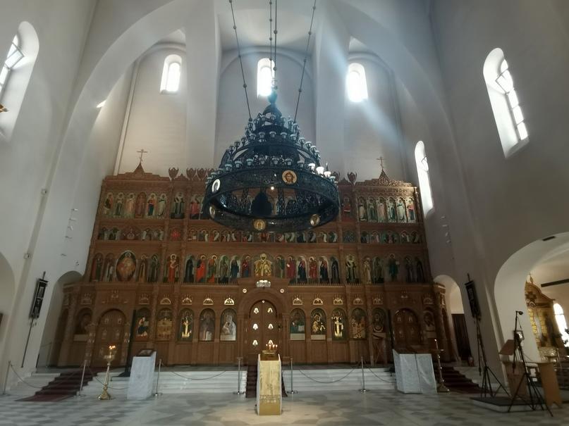 Иконостас верхнего храма Феодоровского собора