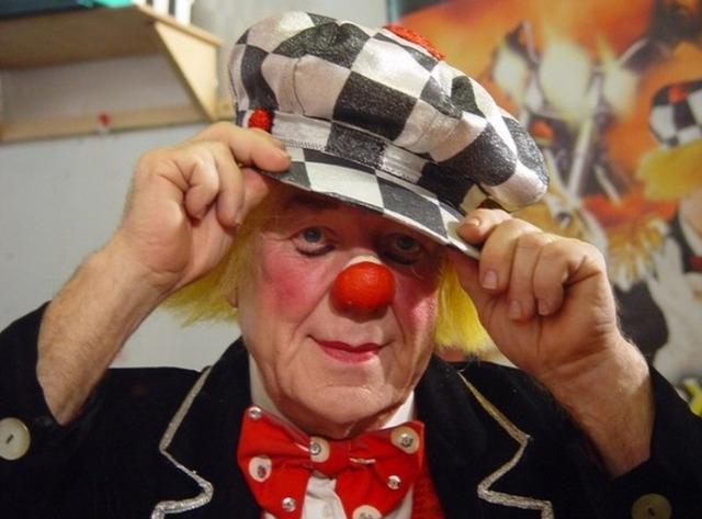 Солнечный клоун - Олег Попов