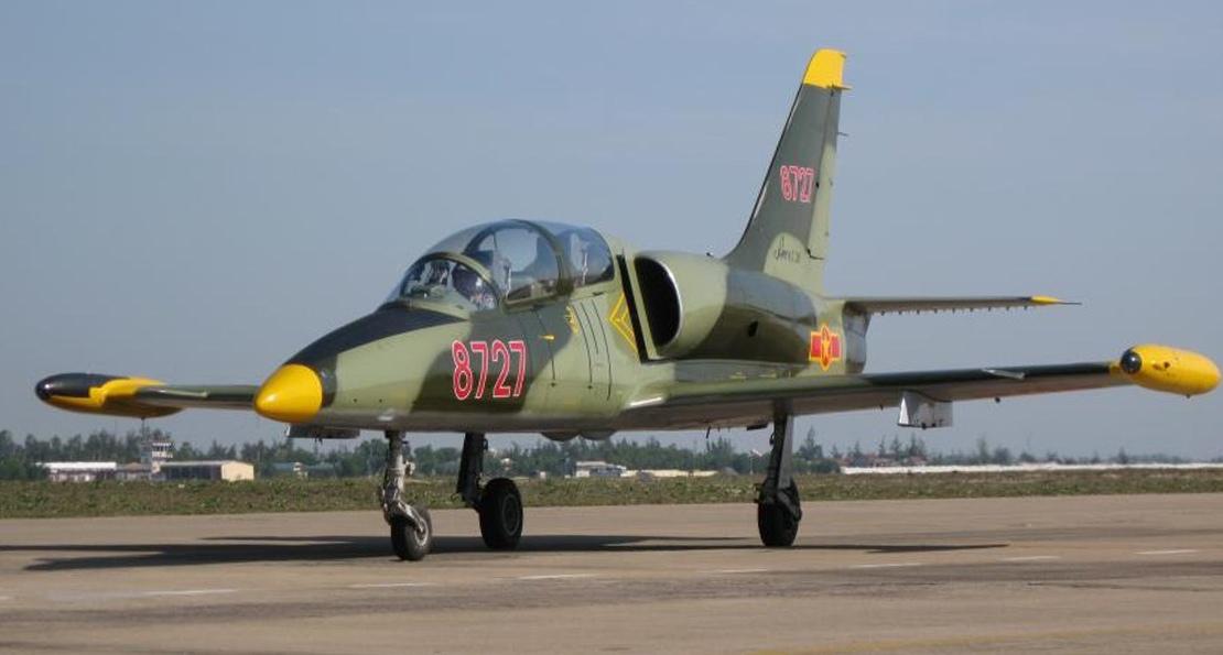 Чешский самолет во Вьетнаме