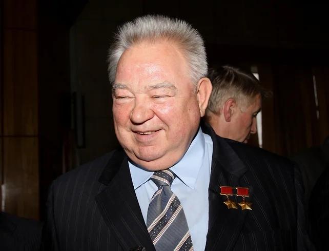 Георгий Гречко, летчик-космонавт СССР, дважды Герой Советского Союза, кандидат технических наук