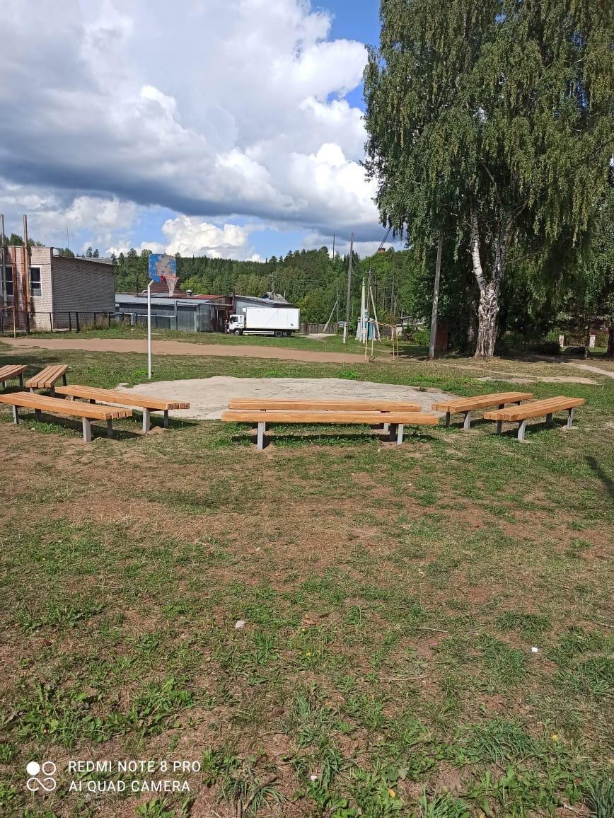 Новую сцену установили на территории Горнякского СДК