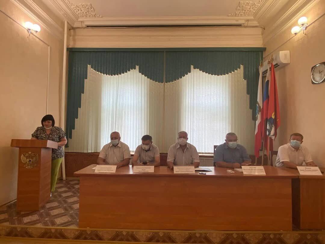 Денис ФАДЕЕВ ушёл с поста главы Петровского района