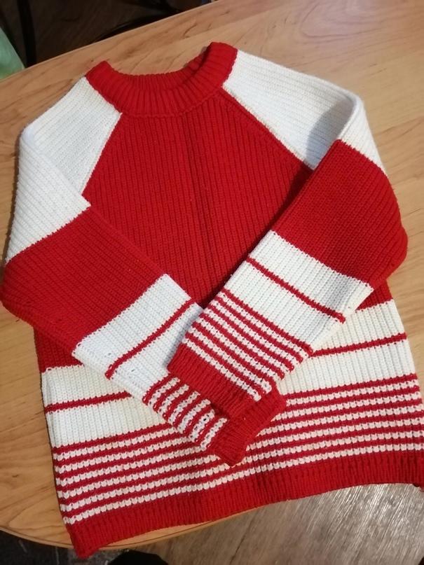Яркий свитерок крупной вязки отдам за1 | Объявления Орска и Новотроицка №28872