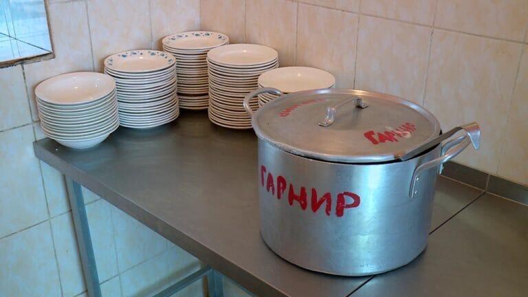 «Артис-детское питание» заметили за попытками сэкономить на порциях в детсадах Калининского района