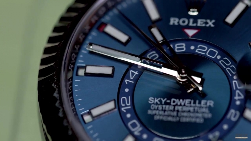 Морской дуэт Rolex Sky-Dweller Steel и Breitling Avenger II